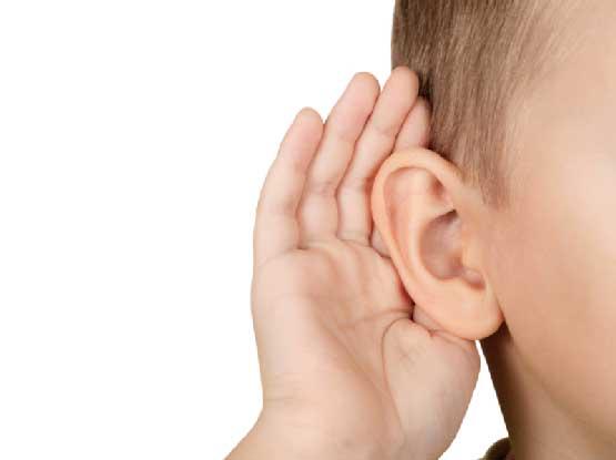گوش ایستادن کودک